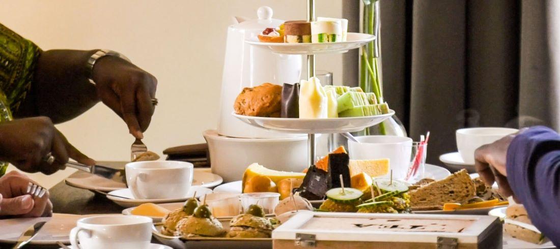 giethoorn high tea arrangement